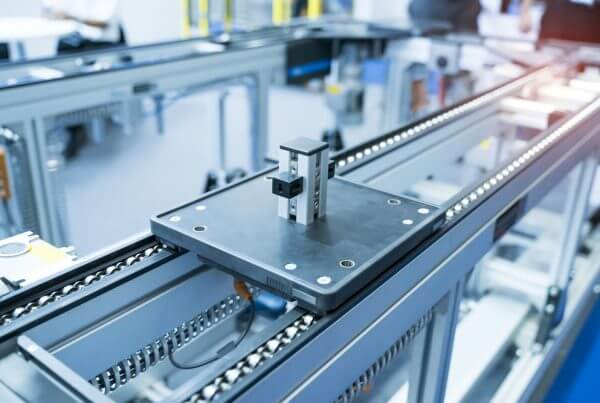 Robotic and Automation system control application on automate Manufacturing